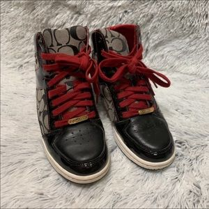 Coach High Top Signature Sneakers Norra